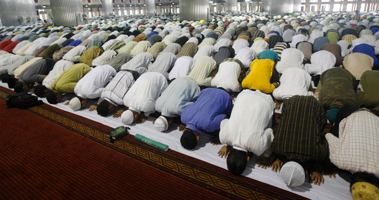 What prevents a Muslim from Prayer?